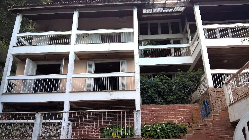 Gavea Rua João Borges Condominio Fechado Casa triplex 5 quartos suites piscina sauna jardins lazer vista panoramica mar morro dois irmãos Bogoricin Prime (1)