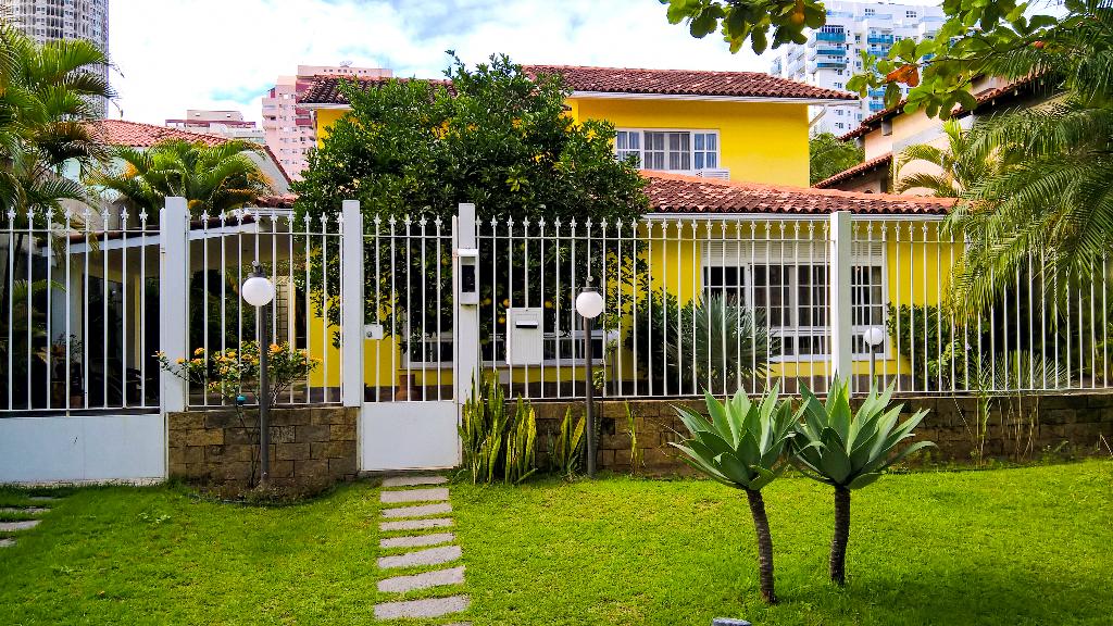 Barra da Tijuca Casa de condominio conforto 4 suites 5 quartos piscina sauna churrasqueira pomar jardim Bogoricin Prime (64)