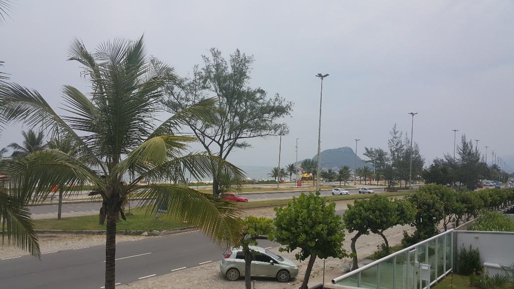 Recreio dos Bandeirantes Av. Lucio Costa Frontal Mar 191 metros 3 suites 3 vagas todo montado com armários OPORTUNIDADE Bogoricin Prime (2)