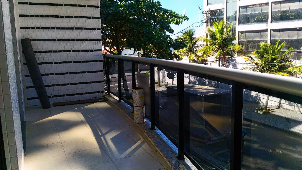 Barra da Tijuca Jardim Oceanico Rua Tenente Airton Pereira varanda 2 quartos suite vaga garagem mar praia do Pepe Metrô Bogoricin Prime (6)