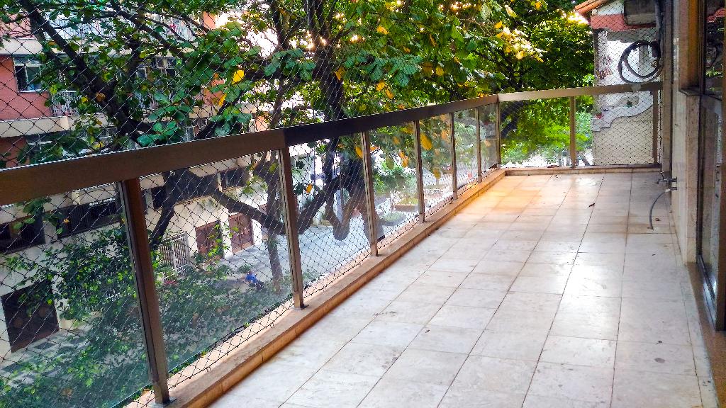 Ipanema Rua Barão de Jaguaripe varanda 3 quartos suite armarios vaga garagem praia lagoa Metro Bogoricin Prime (16)