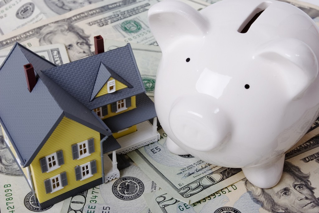 bigstock-Mortgage-And-Down-Payment-912744
